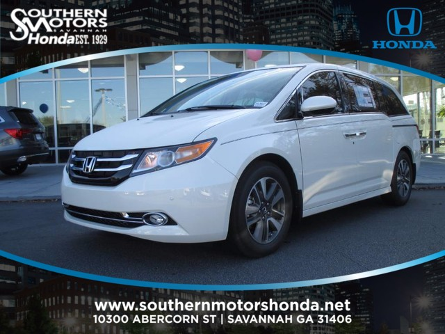 New 2017 Honda Odyssey Touring Mini Van Passenger In